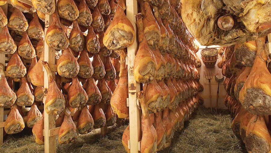 Vallée d'Aoste Jambon de Bosses – 100 motivi per visitare la Bottega